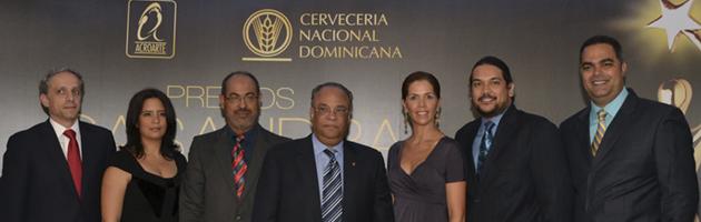 René Brea y Telemicro: Productor y Canal oficial de Premios Casandra 2012, respectivamente