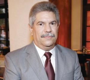 Isidro barros