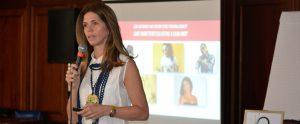 Stella León habla de imagen, credibilidad y coherencia en charla de Acroarte