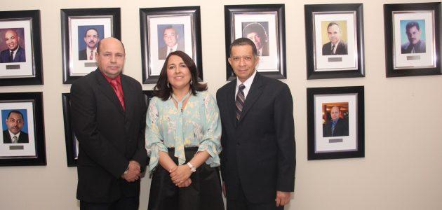 Acroarte devela foto de Jorge Ramos C. en su Galería de Expresidentes