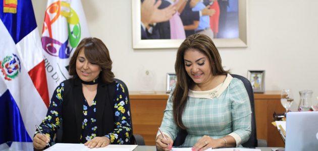 Acuerdo entre Acroarte y Ministerio de la Juventud beneficiará a 500 jóvenes con becas