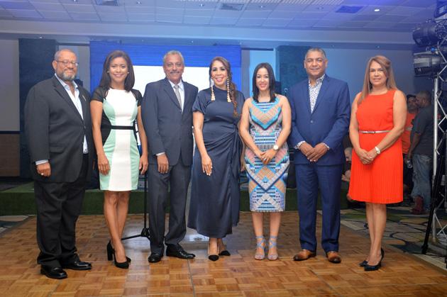 Hector Cepín, Wendy Almonte, José D Laura, Grisbel Medina, Marilyn Ventura, Ramón Paulino y Yamira Taveras.