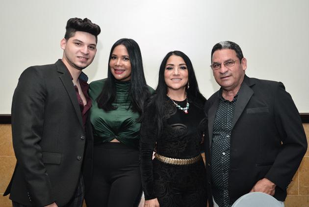 Jaysson Guzmán, India Canela, María Díaz y Aureliano Guzmán.