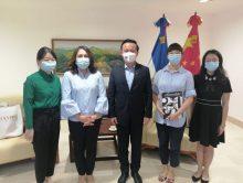 Presidenta de Acroarte visita embajador de China en RD