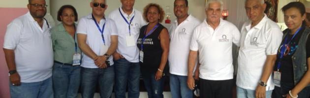 Acroarte con la comunicad  realiza operativo en Santiago