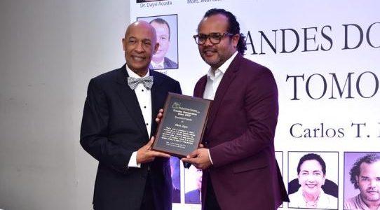 """Expresidente de Acroarte Carlos T. Martínez publica el tomo XXIV de """"Grandes Dominicanos"""""""